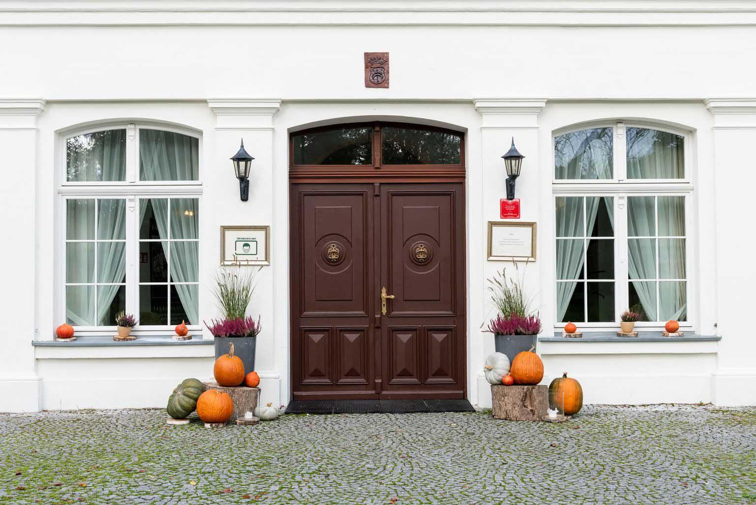 Drzwi wejściowe Pałacu w Godętowie